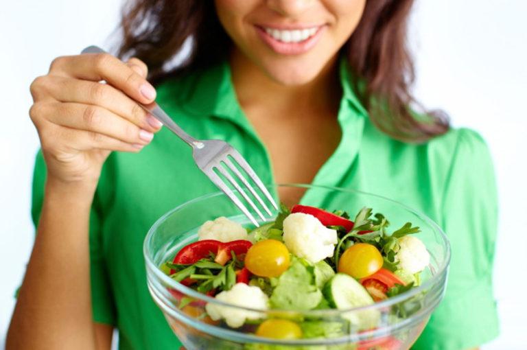Alimentos para un cabello fuerte y sano